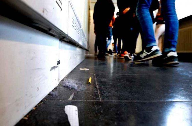 Smutsig skolkorridor